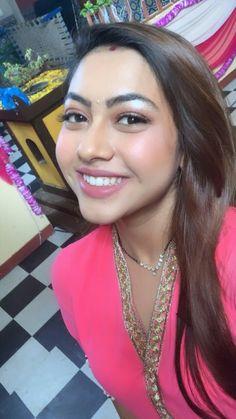 Beautiful Girl In India, Most Beautiful Indian Actress, Beautiful Girl Image, Beautiful Models, Most Beautiful Women, Beautiful Bride, Teen Actresses, Indian Actresses, Indian Actress Gallery