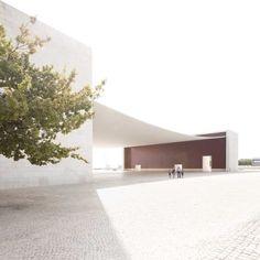 Pavilhão de Portugal (Portugal Pavillion)  By: Álvaro Siza Vieira