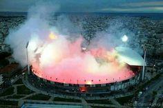 Football stadium or Volcano? Soccer Fans, Football Fans, Fifa Football, Paros, Santorini, Ultras Football, Football Stadiums, Soccer Stadium, Thessaloniki