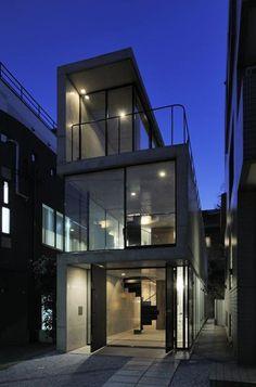 House in Takadanobaba by Florian Busch Architects - I Like Architecture Japanese Architecture, Amazing Architecture, Contemporary Architecture, Interior Architecture, Tokyo Architecture, Black Architecture, Pavilion Architecture, Sustainable Architecture, Residential Architecture