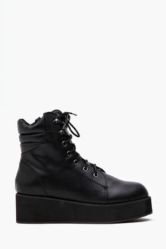 Rise Up Platform Boot in Black
