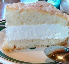 Olive Garden Lemon Cream Cake Copycat