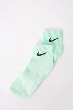 Nike Socks 'Mint' Pastel ONE SIZE – Gullygarms Nike Socks, Of Brand, Sustainable Fashion, Green Colors, Pastel, Mint, Peppermint, Green Color Schemes, Color Palettes