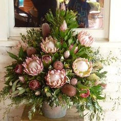 Gorgeous wow factor arrangements of wild flowers, featuring King Protea Menzii Banksia, Little Prince Protea, Pink Ice Protea Tall Flower Arrangements, Tall Flowers, Home Flowers, Church Flowers, Funeral Flowers, Wedding Flowers, Simple Flowers, Spring Flowers, Protea Flower