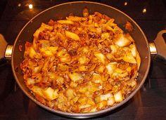 Schmorkohl nach Omis Rezept, ein schönes Rezept aus der Kategorie Gemüse. Bewertungen: 10. Durchschnitt: Ø 4,2.