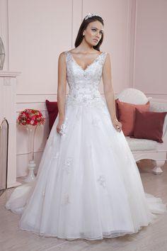El vestido Nisha de la #Colección2015 #EssenceMx #Boda #Vestido #Novia #Wedding #Dress #Boda #BrideToBe #White #Blanco #Detalles