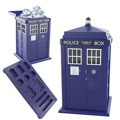 Doctor Who Ice Cube Tray and TARDIS Ice Bucket Underground Toys http://smile.amazon.com/dp/B00V58EUPW/ref=cm_sw_r_pi_dp_XMG.wb1K906E9