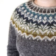 afmaeli sweater (free pattern on ravelry) in lett lopi icelandic wool.