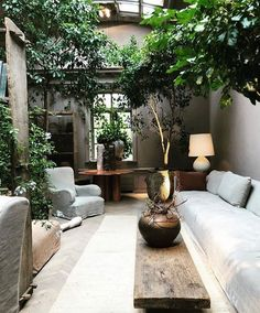 So Cool small balcony ideas 2018 exclusive on homesable home decor garden rooms small spaces patio 14 Cozy Balcony Ideas and Decor Inspiration Interior Garden, Home Interior Design, Exterior Design, Interior And Exterior, Tree Interior, Interior Livingroom, Luxury Interior, Room Interior, Interior Ideas