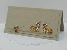 Stamp-ing: Kaartjes met hertjes van 'Home for Christmas' design papier.