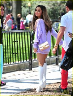 Ariana Grande Teases 'Problem'; Meets Jim Carrey At White House Easter Egg Roll | ariana grande problem teaser white house roll 04 - Photo