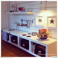 the boo and the boy: play kitchens Toy Rooms boo Boy kitchens play Boys Play Kitchen, Diy Kids Kitchen, Play Kitchens, Long Kitchen, Cubby Houses, Play Houses, Play Spaces, Kid Spaces, Childrens Kitchens