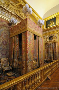 Yep- one of the bedrooms but I can't for the life of me remember which one....MS 2002 -Versailles