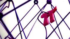 Los lugares más sorprendentes donde puedes encontrar el número Pi Los amantes de los números estarán hoy de enhorabuena. Este 14 de marzo se celebra el día del número Pi (π), esa cifra de valor 3,141592653589793... http://sientemendoza.com/2017/03/15/los-lugares-mas-sorprendentes-donde-puedes-encontrar-el-numero-pi/