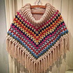 louloudeane crochet granny poncho