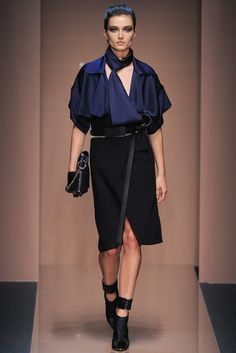 Gianfranco Ferré Fall 2013 Ready-to-Wear Fashion Show - Andreea Diaconu