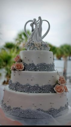 Dennis And Charlotte Ard S Wedding Cake Made By Just Think Cakes Kristin Clark