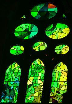 Barcelona - La Sagrada Familia (Gaudi), Interior, Stained Glass -014