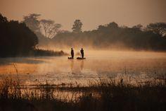 Lake Kariba, Zimbabwe African Countries, Countries Of The World, Beautiful World, Beautiful Places, Safari, British Colonial Style, Photography Themes, Victoria Falls, African Beauty