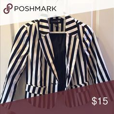 Forever 21 striped blazer Worn once!! Great condition Forever 21 Jackets & Coats Blazers