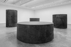 Richard Serra, Four Rounds: Equal Weight, Unequal Measure, 2017, forged steel, four rounds measuring 120 1/2 inches high x 78 inches in diameter; 87 1/2 inches high x 91 inches in diameter; 64 1/4 inches high x 110 inches in diameter; and 45 3/4 inches high x 127 1/4 inches in diameter. Courtesy of the artist and David Zwirner Gallery. Photo by Cristiano Mascaro.