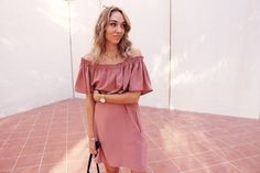 Never enough Off-the-Shoulder! Tutorial for this ruffled Dress on my blog.