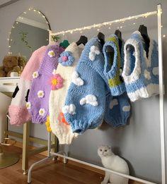 Crochet Eyes, Crochet Dolls, Knit Crochet, Kebaya Dress, Anime Merchandise, Dream Rooms, Alternative Fashion, Crochet Projects, Crochet Patterns