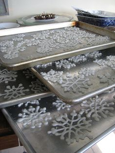 Almond bark snowflakes. Yummy and decorative. Check these off the to-do list.