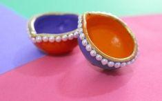 Diwali Diya Decoration ideas in 10 mins! 3 Ways to DIY Diyas this Diwali in 10 minutes or less. Click through for the tutorial by The Ways to DIY Diyas this Diwali in 10 minutes or less. Click through for the tutorial by The Craftables Kalash Decoration, Diya Decoration Ideas, Diwali Decorations At Home, Festival Decorations, Decor Ideas, Diwali Pooja, Diwali Diya, Diwali Craft, Diya Designs