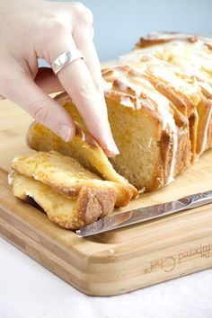 Prof D - {Orange Pull-Apart Bread} - Whisk Kid