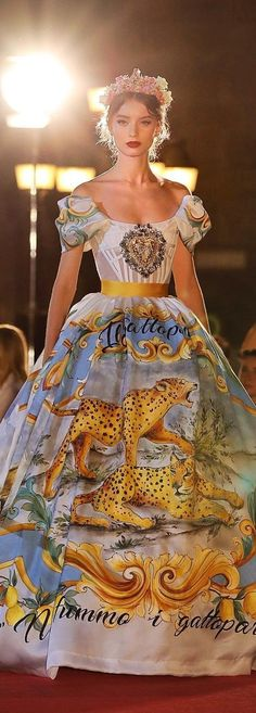 Dolce and Gabbana fall 2017 Couture