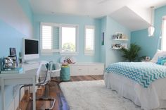 Tween girl's bedroom in aqua ~ Suburban Bitches