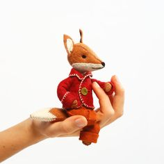 Stitch Felix Fox for yourself, make him a friend, or share the gift of stitching with someone special!  Simply cut out the pattern and fabric