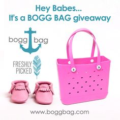 Hey Babes...Out with the orange in with the PINK. BOGG BAG has teamed up with Freshly Picked (you may have seen them on Shark Tank  ) to giveaway a pink BABY BOGG BAG and a pink pair of FRESHLY PICKED moccasins. Enter to win just by doing a few easy things! Like this post, tag a friend or two (or three  ) that you think might like a chance to win too and go ahead and share if you like. One winner will be chosen at random on Friday, November 7, 2014. #freshlypicked #boggbag #bestbeachbagever