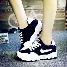 Giày thể thao nữ thời trang, kiểu dáng năng động, màu sắc trẻ trung