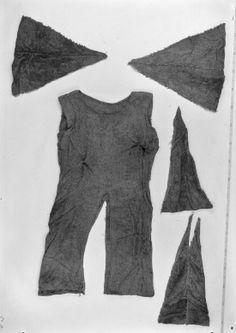 Bocksten Man's gown.