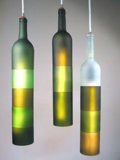 Recycler est devenu indispensable aujourd'hui, voilà une manière originale et décorative de le faire avec des bouteilles en verre #GlassIsLife #Verre