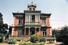 Oviedo. Casa palacio de indianos en venta. Colloto.