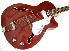vox-Tornado V247-1967-cherry