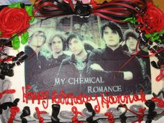 my chemical romance cake Awwwwww babies too bad I have to eat you.