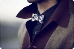 mini plaid bow-tie