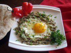 Eggs with Roasted Eggplant  (Baba Kannuç - Diyarbakir)