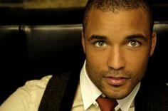 Spanish actor and musician Edu Del Prado... gorgeous!