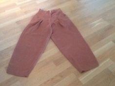 (1) FINN – Bukse i silke, selges for kr. 100.