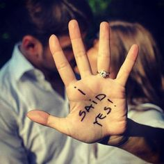 13 of the Best Engagement Announcements on Instagram - write it on your hand!