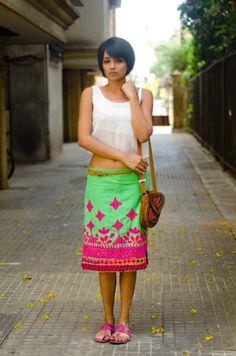 Meera, Mumbai 30 Incredibly Chic Street-Style Photos From India Street Style Outfits, Street Style Women, Street Style India, Rock Chic, Fashion Mode, Womens Fashion, Fashion Trends, Street Fashion, Fashion 2014