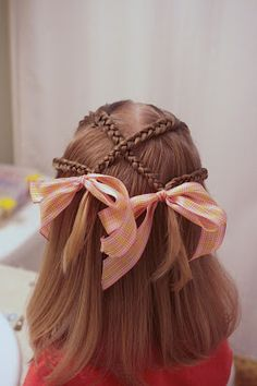 Hair Today: I'm back.and how about some criss cross braids. Hair Today: I'm back. Princess Hairstyles, Little Girl Hairstyles, Pretty Hairstyles, Braided Hairstyles, Style Hairstyle, Easy Hairstyle, New Hair, Your Hair, Girl Hair Dos