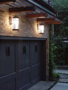 - Pergola Terrasse Bois Canisse - Hammock Pergola DIY - Pergola Front Porch Curb Appeal - Corner Pergola With Trellis Outdoor Garage Lights, Garage Door Lights, Garage Door Colors, Garage Lighting, Pergola Lighting, Exterior Lighting, Sconce Lighting, Exterior Garage Lights, Craftsman Outdoor Lighting