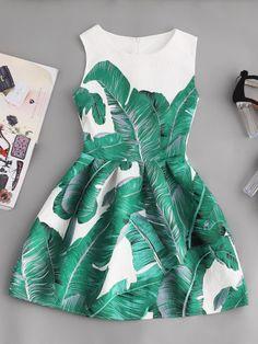 Robe imprimée imprimée en feuille de palmiste et évasée