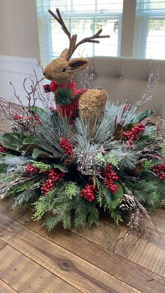 Christmas Table Centerpieces, Rose Gold Christmas Decorations, Outdoor Lighted Christmas Decorations, Christmas Decorating Ideas, Western Christmas Decorations, Xmas Decorations To Make, Christmas Chandelier Decor, Outdoor Christmas Planters, Primitive Christmas Decorating